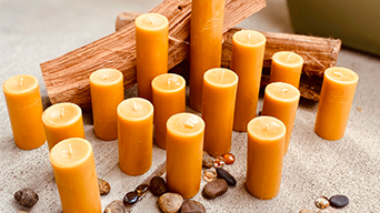 How to make pure beeswax candles?